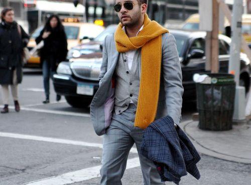8 вариантов ношения длинного шарфа мужчиной